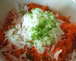 cuisiner radis blanc c est moi qui l ai fait salade de radis blanc daikon et de