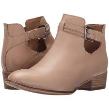 s boots ankle 15 best travel essentials images on travel essentials