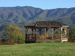 wedding venues in gatlinburg tn almost heaven resort and weddings gatlinburg here comes the guide