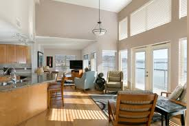 Kelowna Luxury Homes by 3 Bedroom Penthouse At The Cove Lakeside Resort