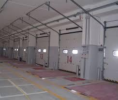 portoni sezionali industriali sezionali industriali automatiche a sistema di scorrimento silenzioso
