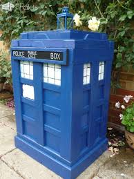 Tardis Bookcase For Sale The Pallet Tardis Firewood Box U2022 1001 Pallets