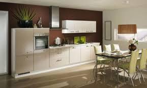 cuisine blanche et mur gris cuisine blanche et beige cool carrelage grand format beige with