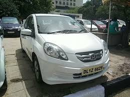 honda amaze used car in delhi used honda amaze s mt plus petrol 2015 in delhi 2915380