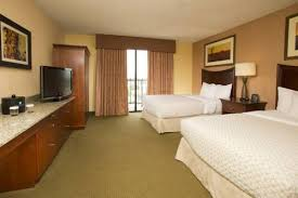 Comfort Suites Tulsa Embassy Suites Hotel Tulsa I 44 Tulsa Ok United States Overview