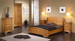 foto chambre a coucher chambre à coucher en bois et rangements meubles bois massif