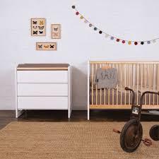 chambre bebe en bois chambre bébé blanc et bois mes enfants et bébé