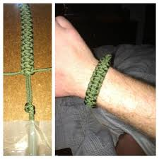paracord survival bracelet instructions images 42 best survival bracelets images bracelet tutorial jpg