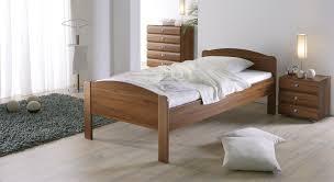 Schlafzimmer Nussbaum Seniorenbett In Z B 140x200 Cm Größe Bett San Martino