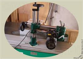 table saw power feeder sawdust infeed power unit on table saw