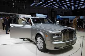 rolls royce phantom engine v16 rolls royce phantom пережил первый рестайлинг autoplus su