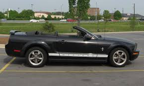 convertible mustang file ford mustang pony convertible jpg wikimedia commons