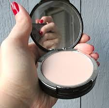 kat von d 44 light cool makeup review swatches kat von d lock it tattoo powder foundation