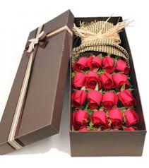 roses in luxury box send flowers to china
