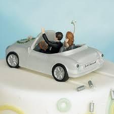 car wedding cake toppers honeymoon getaway car wedding cake topper