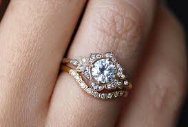how to wear wedding ring set wedding rings engagement and wedding rings set striking