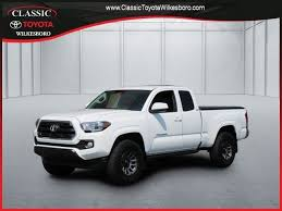 toyota tacoma extended cab used used 2016 toyota tacoma 4wd access cab v6 at sr5 for sale
