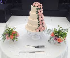 wedding cake nottingham kimboscakes wedding cakes birthday cakes derby nottingham artisan