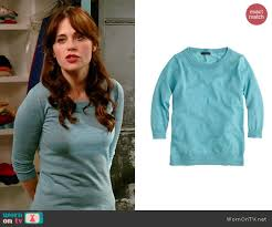 tippi sweater wornontv jess s aqua sweater on zooey deschanel
