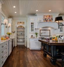 coastal home with traditional interiors home bunch u2013 interior