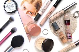 my favourite products to stop creasing cakiness u0026 dark circles