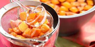 cuisine au vin rosé sangria au vin rosé facile et pas cher recette sur cuisine actuelle