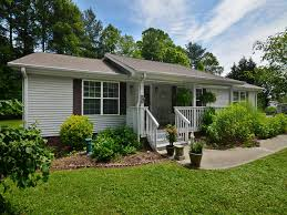 Carolina Cottages Hendersonville Nc by 1014 White Pine Drive In Hendersonville North Carolina 28739
