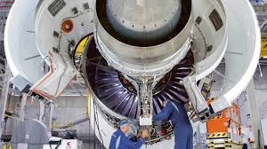 rolls royce engine why manufacturers are becoming service providers