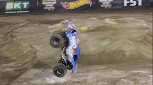 monster truck race track lee o u0027donnell vp racing fuels u0027 mad scientist make monster jam