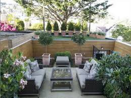 Patio Ideas For Small Backyards by Small Patio Design Ideas Zamp Co