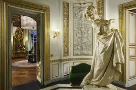 neo classical decor artemest