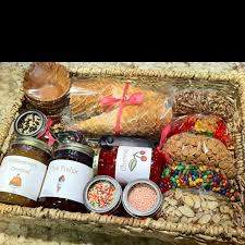 build your own gift basket 103 best gifts images on gift ideas bricolage and craft