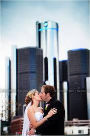detroit wedding photographers detroit roostertail wedding photographers arising images