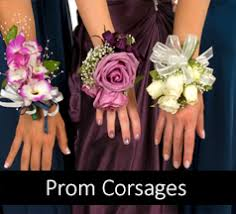 corsage and boutonniere for prom homecoming flowers corsages boutonnieres rockcastles prom flowers