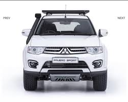 mitsubishi outlander off road 2015 mitsubishi pajero sport shogun edition front launched in