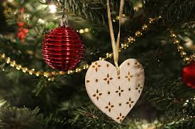 christmas decorations images christmas balls images pixabay download free pictures