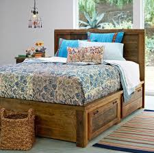 Build Platform Bed Storage Under by Best 25 Platform Beds Ideas On Pinterest Platform Bed Platform