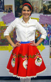 cassie stephens diy tree skirt to lady skirt in 60 minutes or less