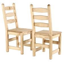 chaise en pin chaise en pin massif sculptée edelweiss x2 grenier alpin