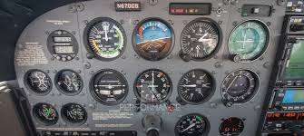 flight training rental aircraft 2002 cessna 172s skyhawk n670cs