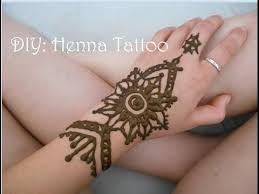 how to do a henna tattoo how long do henna tattoos last tattoo