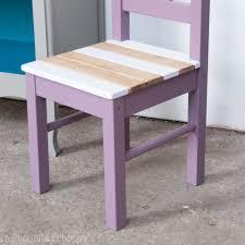 chaise enfant bois chaise pour enfants en bois peint chinée et relookée