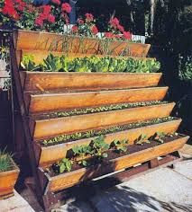 How To Plant Vertical Garden - 20 vertical gardening ideas for turning a small space into a big