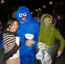 cookie monster and oscar the grouch insane costumes costume fail