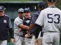 Red Sox Yankees Benches Clear Benches Clear 8 Ejected As Tigers Top Yankees