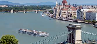 markets of the danube educational small tours