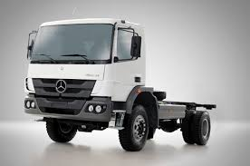mercedes commercial trucks mercedes to deliver 2 100 trucks and vans to the