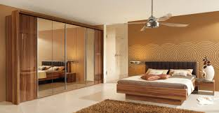 wandfarbe vorhang schlafzimmer design ideen braun wand wandfarbe