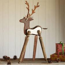 Outdoor Christmas Decorations Deer by Outdoor Christmas Decorating Reclaimed Wood Reindeer Finding
