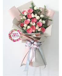 big bouquet of roses fs97 big bouquet flower stand same day flower delivery to malaysia